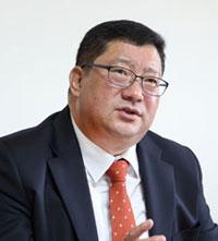 임 수 빈 (任秀彬) 법무법인 동인 변호사, 법학전문박사. 전 서울중앙지방검찰청 부장검사