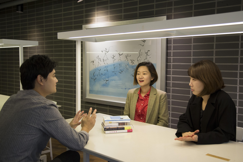 왼쪽부터 한영인, 김성중, 박소란.  Ⓒ 신나라